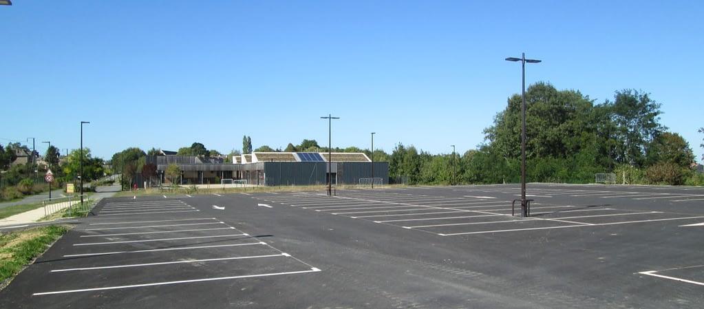 parking gare caulnes